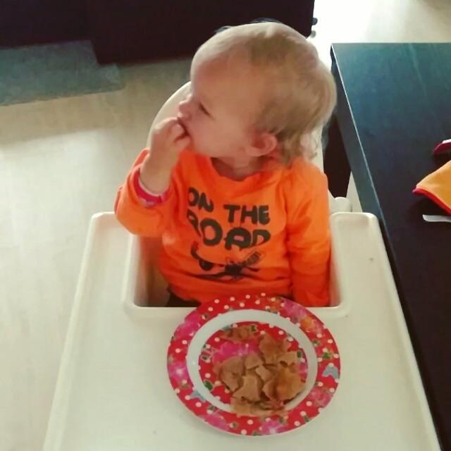 Filmpje: Pannenkoeken eten!!!