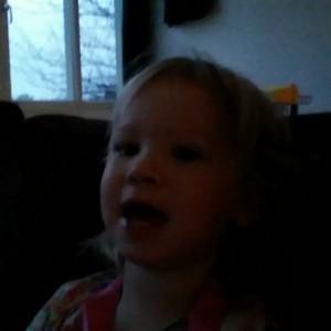 Filmpje: Jaaaaa ze zegt eindelijk haar eigen naam goed… ;-) Ook wel jammer: nooit meer 'Nana'.