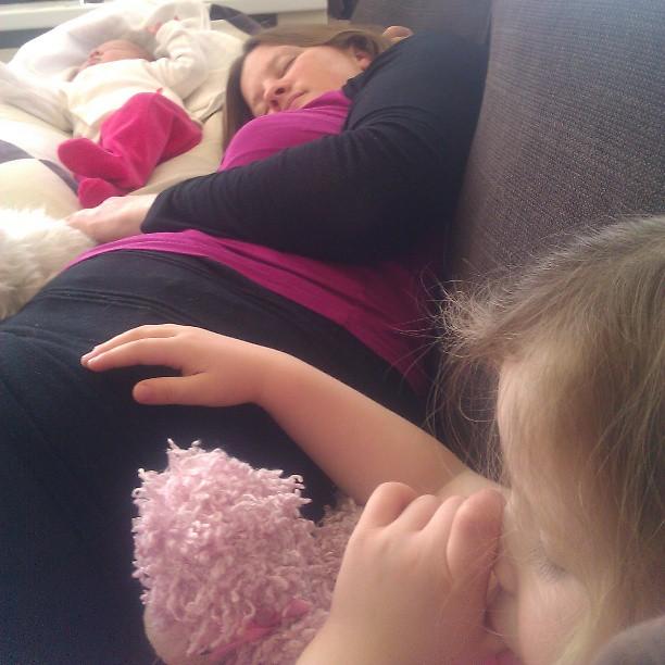 Wat mag ik op vrijdag toch altijd heerlijk slapen met mn meiden dankzij oma Aker! Die van het uitzicht heeft genoten.